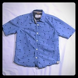 Free Planet short sleeve button shirt